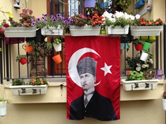Lots of these flags to be seen in Antalya