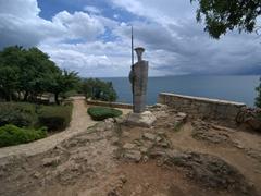 Statue in Karaalioglu Park; Antalya