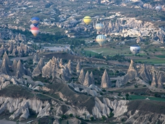 Up at the crack of dawn for a hot air balloon ride over Cappadocia