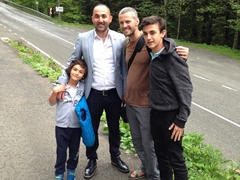 Robby befriends a Turkish family near Sumela Monastery