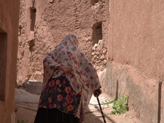 Old woman in Abyaneh