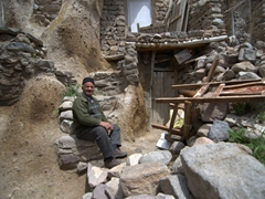 An old man posing for us; Kandovan