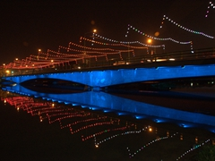 Brightly lit up vehicular bridge over the Zayandeh River