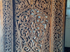 Wooden door; Tosh-Hovli Palace