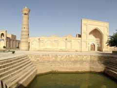 Xo'ja Kalon Mosque; Bukhara