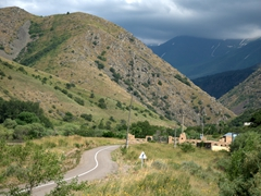 The drive to Aksu-Zhabagly Nature Reserve