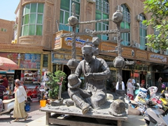 Statue for the hat bazaar in Kashgar old town