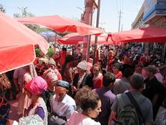 Chaotic scene at a Kashgar bazaar