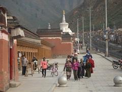 Buddhist pilgrims; Labrang Monastery