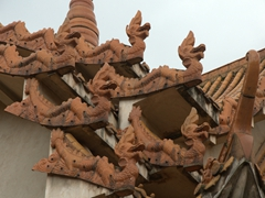 Dragons galore; Yuantong Temple