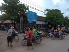 Luang Namtha market scene