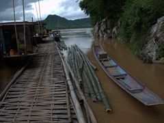 Makeshift bridge near Pak Ou Caves