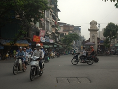 Morning traffic at Cho Dong Xuan - Hanoi's night market