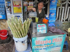 "Getting ""nuoc mia"" - yummy sugarcane juice (10,000 Dong per cup)"