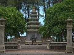 Thien Mu Pagoda; Hue