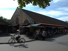 Hoi An covered market