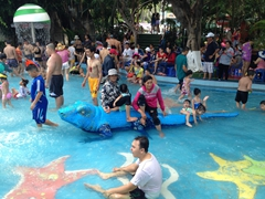 Kiddie pool section of Dam Sen water park