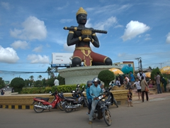 Statue of Ta Dumbong - guardian of Battambang