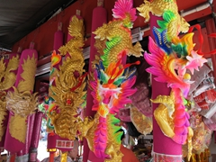 Dragon temple decorations