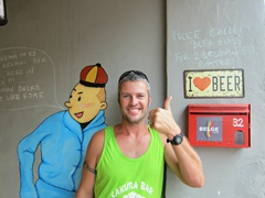 Tintin joins Robby in loving Belgian beer