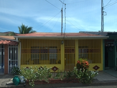 Petty theft and crime is a major problem in Costa Rica (according to our guide Juan), and we found that almost every single house in Puntarenas had iron bars sealing the doors and windows