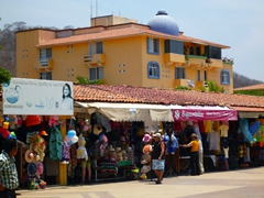 Souvenir market in Santa Cruz