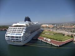 The Norwegian Sun anchored in Puerto Vallarta
