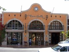 """Boutique hotel """"Casa Bella"""" in tourist friendly Cabo"""