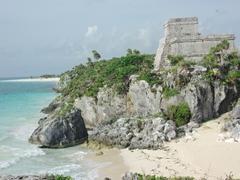 A postcard view of Tulum, the Yucatan's prettiest Mayan ruin