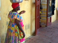 The iconic Palenquera (fruit basket lady)
