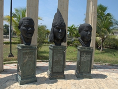 Bronze busts on display at Apolo Park (near the home of President Rafael Núñez)