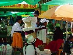 Market scene; Gualaceo