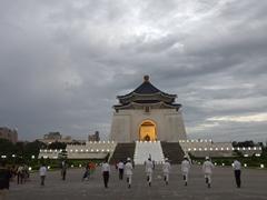 Honor guards marching back towards Chiang Kai-shek Memorial Hall