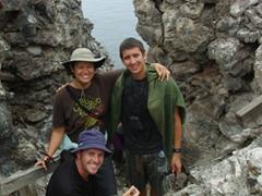 Becky, Luke and Robby take a family portrait on Prince Philip's Steps; Genovesa