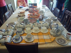 What a layout. Our hosts offered us tea or coffee and a wide assortment of baked goodies. Yum!