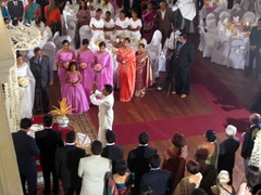 Traditional wedding ceremony at Galle Face Hotel, Colombo
