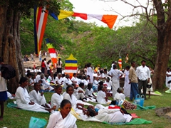 Vesak day crowds at Gal Vihare