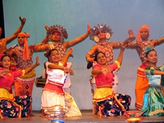 Cultural dancers put on a fine performance, Kandy