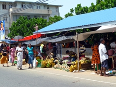 A bustling street side market; Galle Road