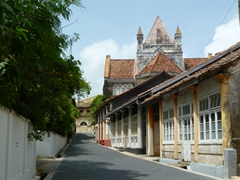 Galle is a town built during the Dutch colonial period (18th Century), and evidence of that influence is still visible today in the architecture