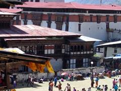 The impressive sight of the Paro Tsechu