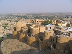 Jaisalmer Fort is a magical city in the heart of Rajasthan!