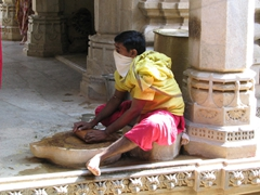 Grinding in the Chaumukha Temple; Ranakpur