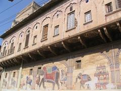 Typical facade; Nawalgarh building
