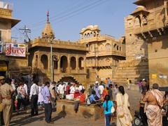 The bustling scene of Jaisalmer Fort