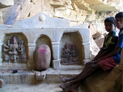 Hindu temple hidden away in the corner of the Chitrakote waterfall