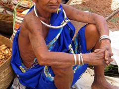 Abhu Maria tribal woman at the Narayanpur market
