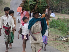Heading to the Dongariya weekly tribal market