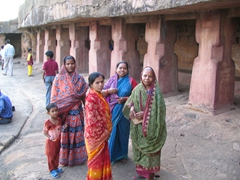 Colorful saris, Queen's Palace Cave