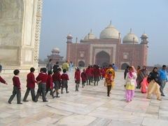 School kids on a day trip to check out the Taj Mahal
